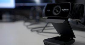 Logitech C922 Review: What's New vs the C920 Webcam
