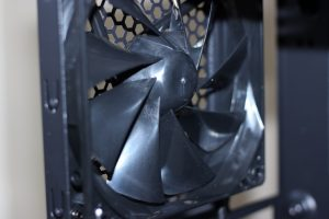 thermaltake-h23-versa-included-fan-120mm