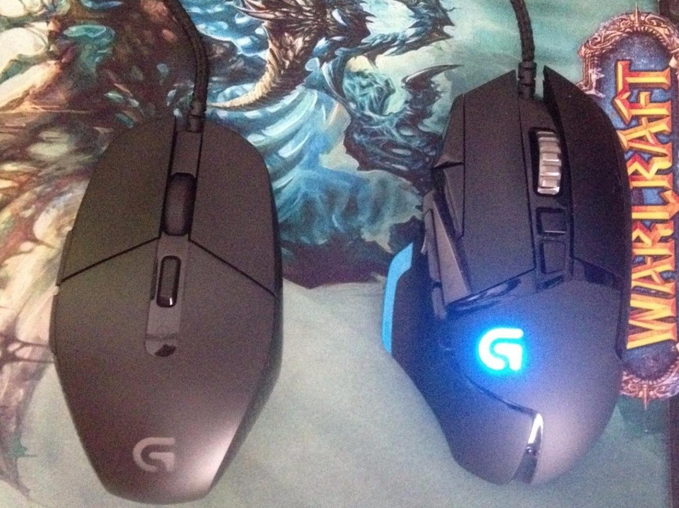 G303 vs G502 Gaming Mouse